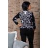 Kép 3/11 - Fekete - fehér nagyvirágmintás cashmere pulover