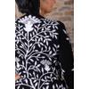 Kép 4/11 - Fekete - fehér nagyvirágmintás cashmere pulover