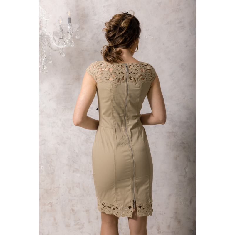 Lafei Nier csipkegalléros homokszínű ruha